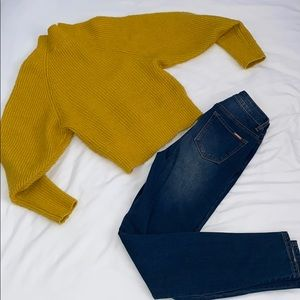 Classic High Waisted Jeans